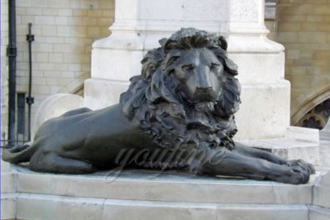 Customized modern garden sculptures bronze lion statues lying down