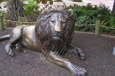 Outdoor hot sale life size lying cast bronze lion sculptures for square