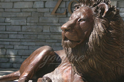 Wild bronze lions sculptures for outdoor plaza decoration