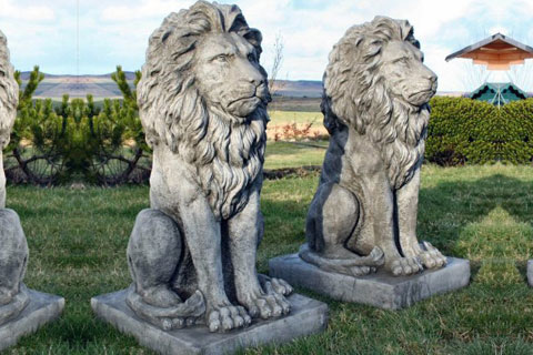 Big concrete yard lion statues in pairs for sale
