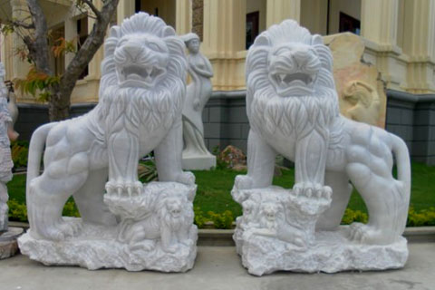 White marble foo dogs Chinese stone lion statues in pairs for sale